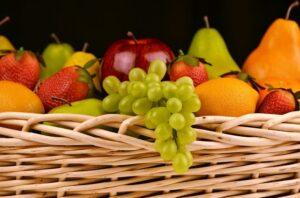 מגשי פירות במטבחים מודרניים